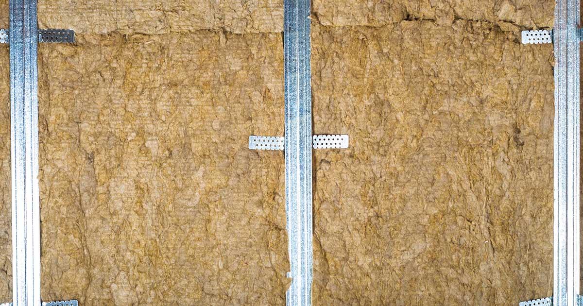 Ploče kamene vune postavljene unutar podkonstrukcije ipskartonskog zida