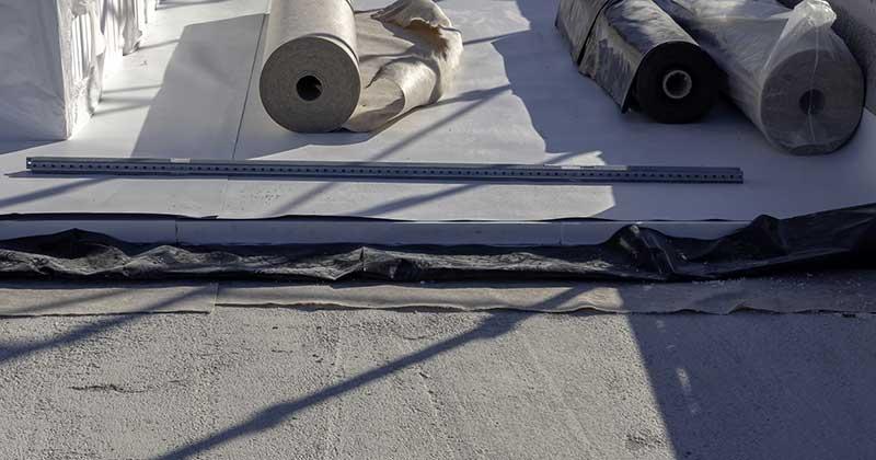 Postavljanje PVC-P membrane na ravan krov