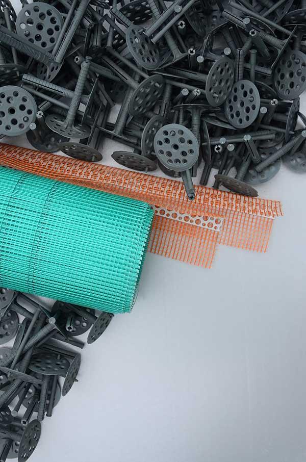 Plastični tiplovi, armaturna mrežica i zaštitne lajsne sa mrežicom za montiranje demit fasade