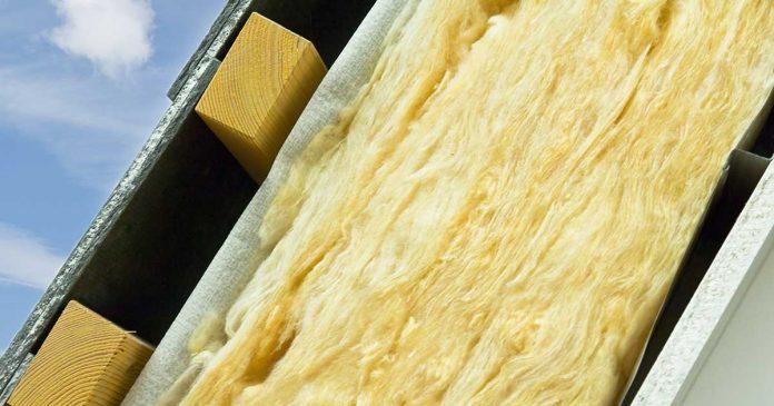 Staklena vuna u izolaciji kosog krova
